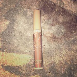 Other - Kylie Jenner Matte Liquid Lipstick - Naked